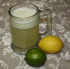 a nice frothy mug of lemon-limeade